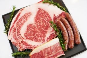 東京で食べられる 北海道発のバーベキュー食材 十勝ハーブ牛プレミアムグリルセット 限定販売!